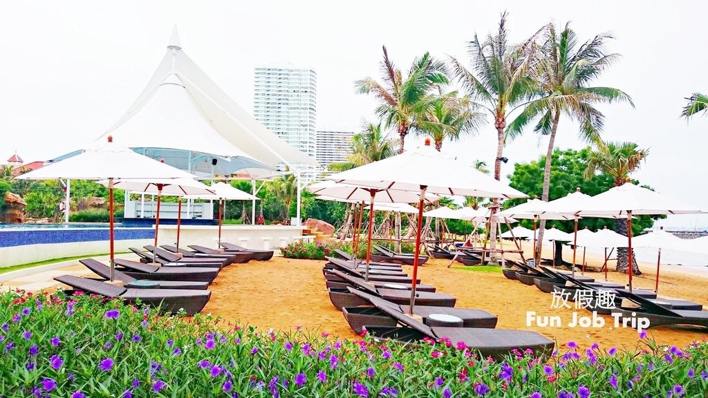 016(設施早餐)Movenpick Siam Hotel Pattaya.JPG