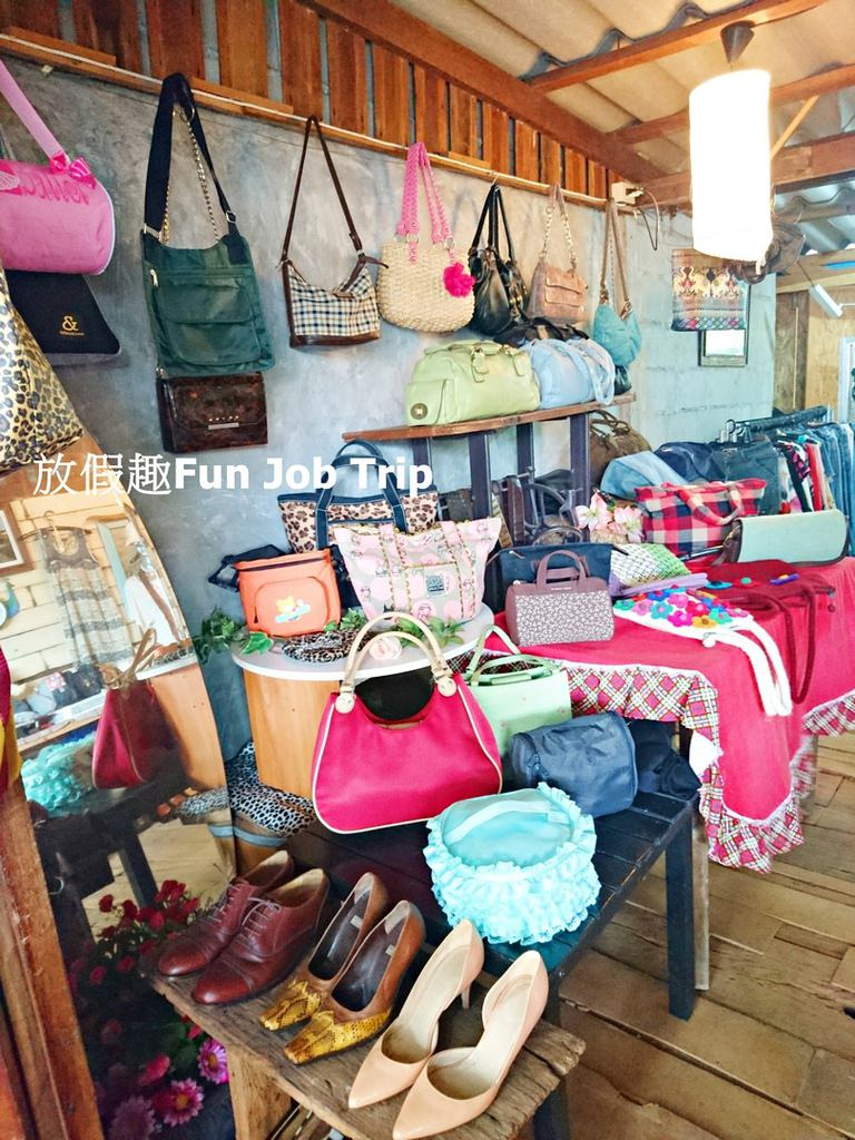 007Tha Kha Floating Market.jpg