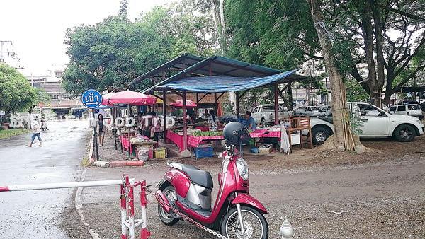 005泰國皇家計劃超市.JPG