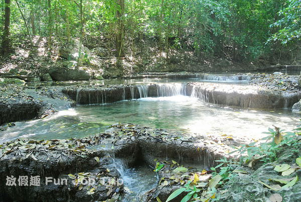 049(B)Erawan Waterfall .JPG