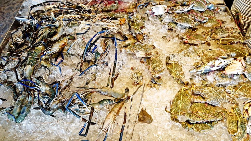 011Mr Seafood.jpg