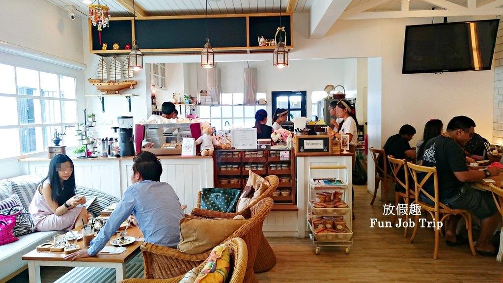 002The Sweeteners Pattaya.jpg