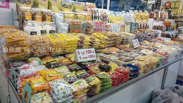 011瓦洛洛市場.JPG