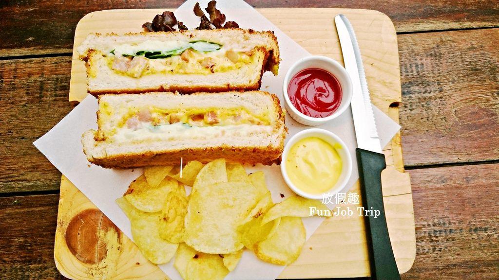 011The Sweeteners Pattaya.jpg